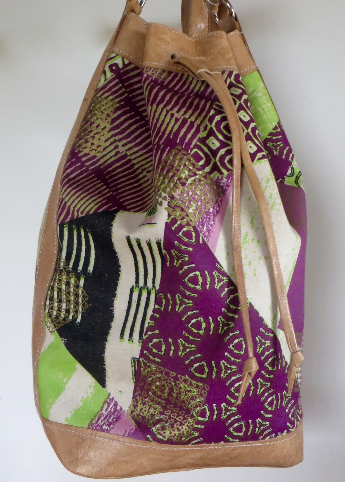 Bassa Bucket Bag