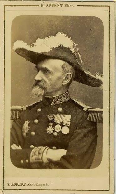 Promu général de Division vers la fin du second Empire. Fut placé à la tête  du 1er corps de l armée de Versailles ... 6ba862f71e9
