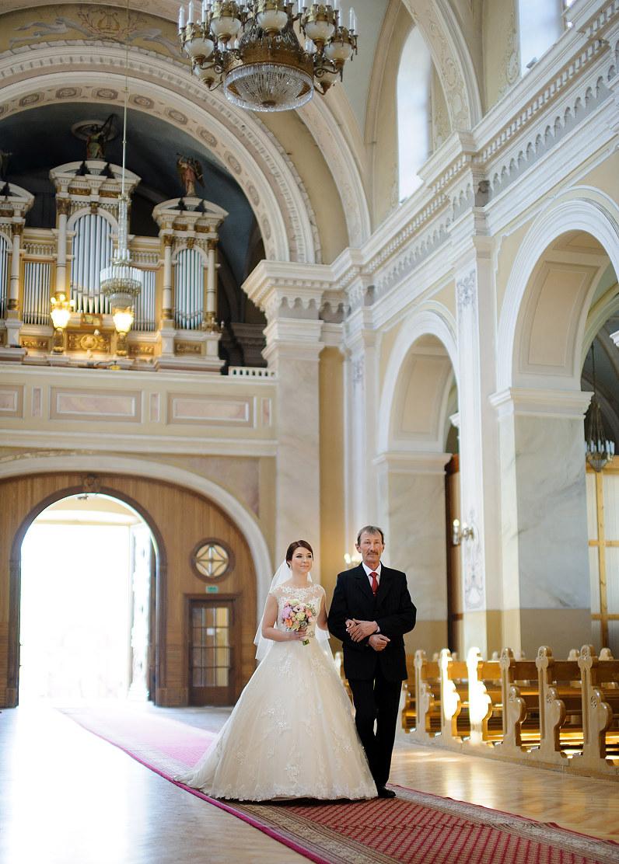 vestuvės Panevėžyje Raudonoje bažnyčioje