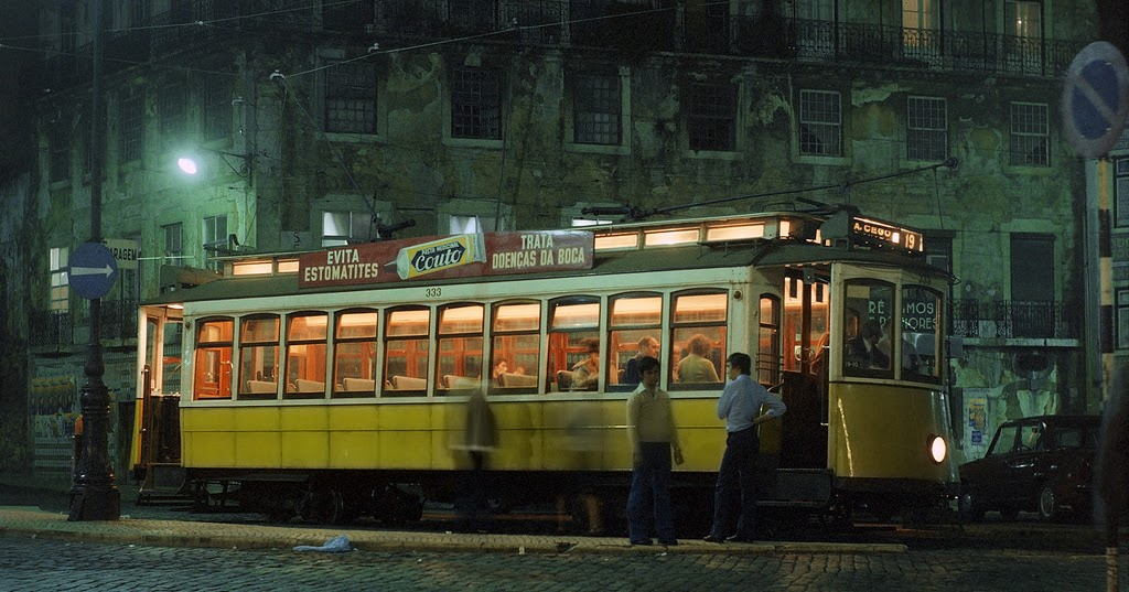 Color Photos Show the Trams of Portugal in the 1970s
