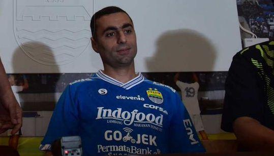 Persib Bandung Resmi Kontrak Artur Gevorkyan Satu Musim