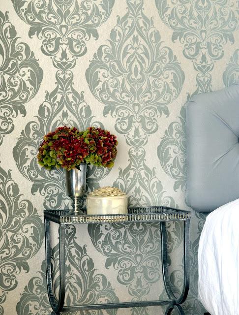 glam wallpaper, teenage girls bedroom