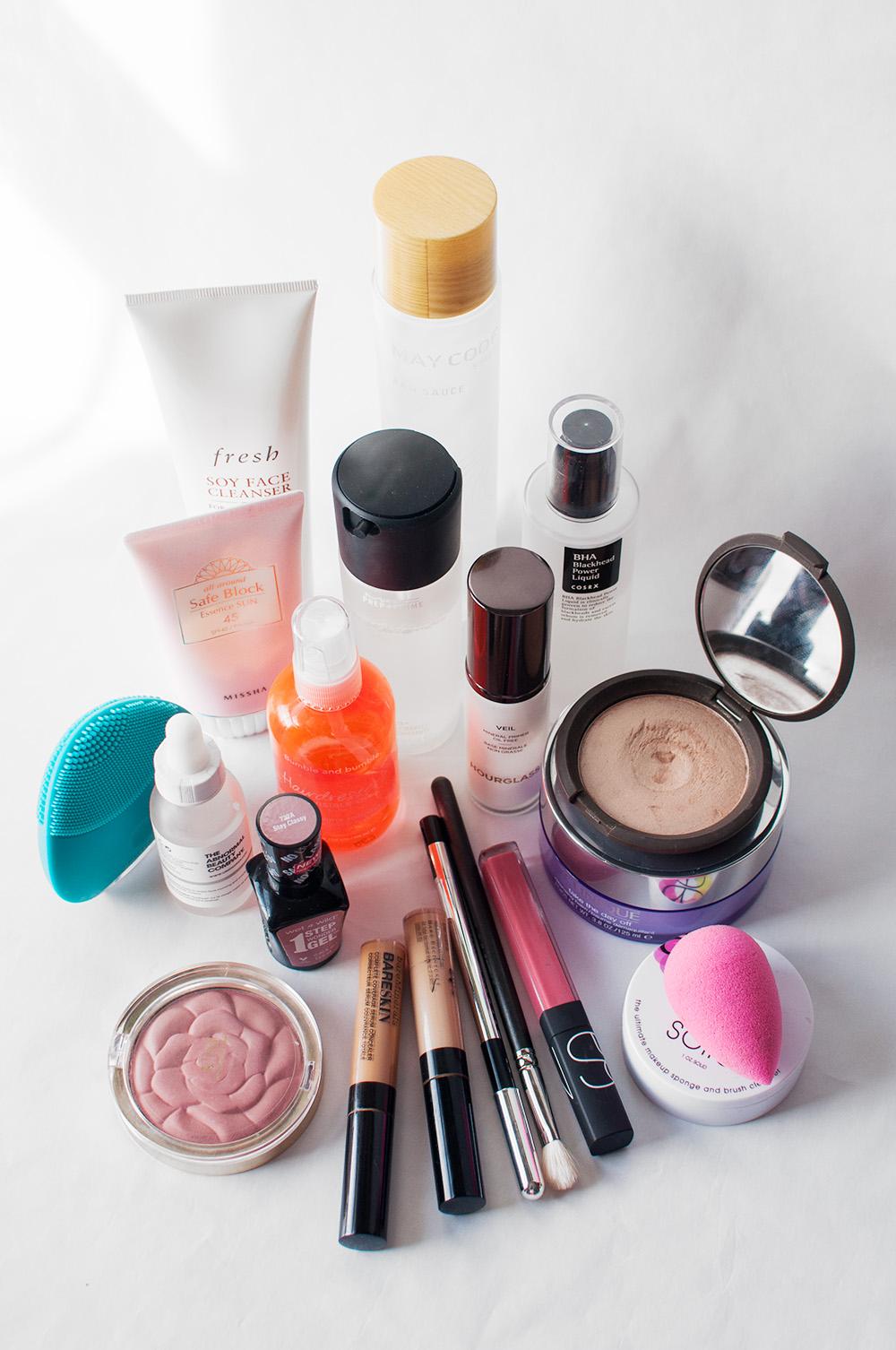 makeup flatlay, beauty blogger flatlay, 2016 beauty favorites