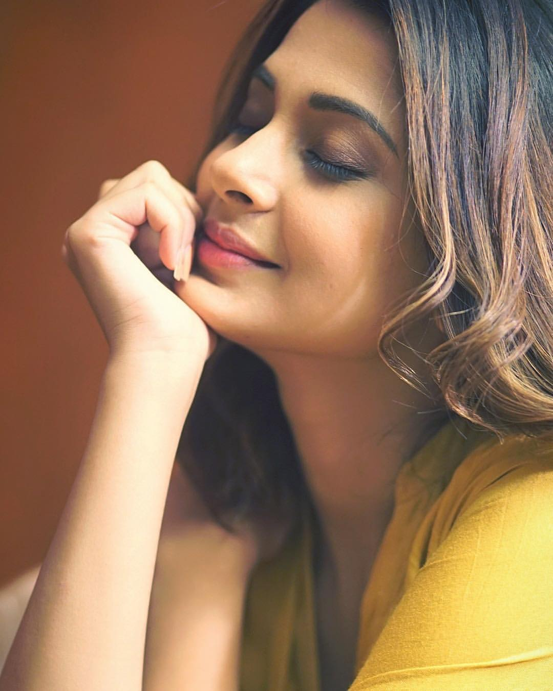 Jennifer Winget Biography Age Height Weight Cars Salary House Family