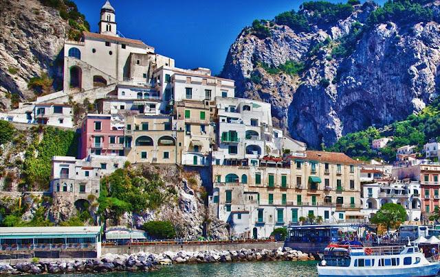 Pontos turísticos em Amalfi