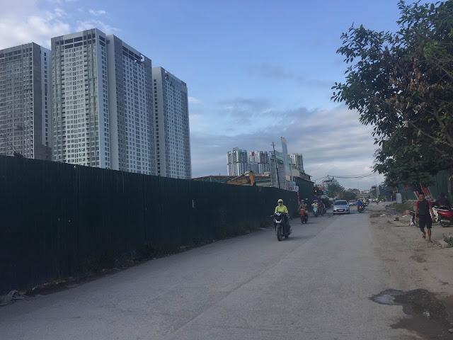 Lối đi từ chung cư Eco Dream ra mặt đường Nguyễn xiển