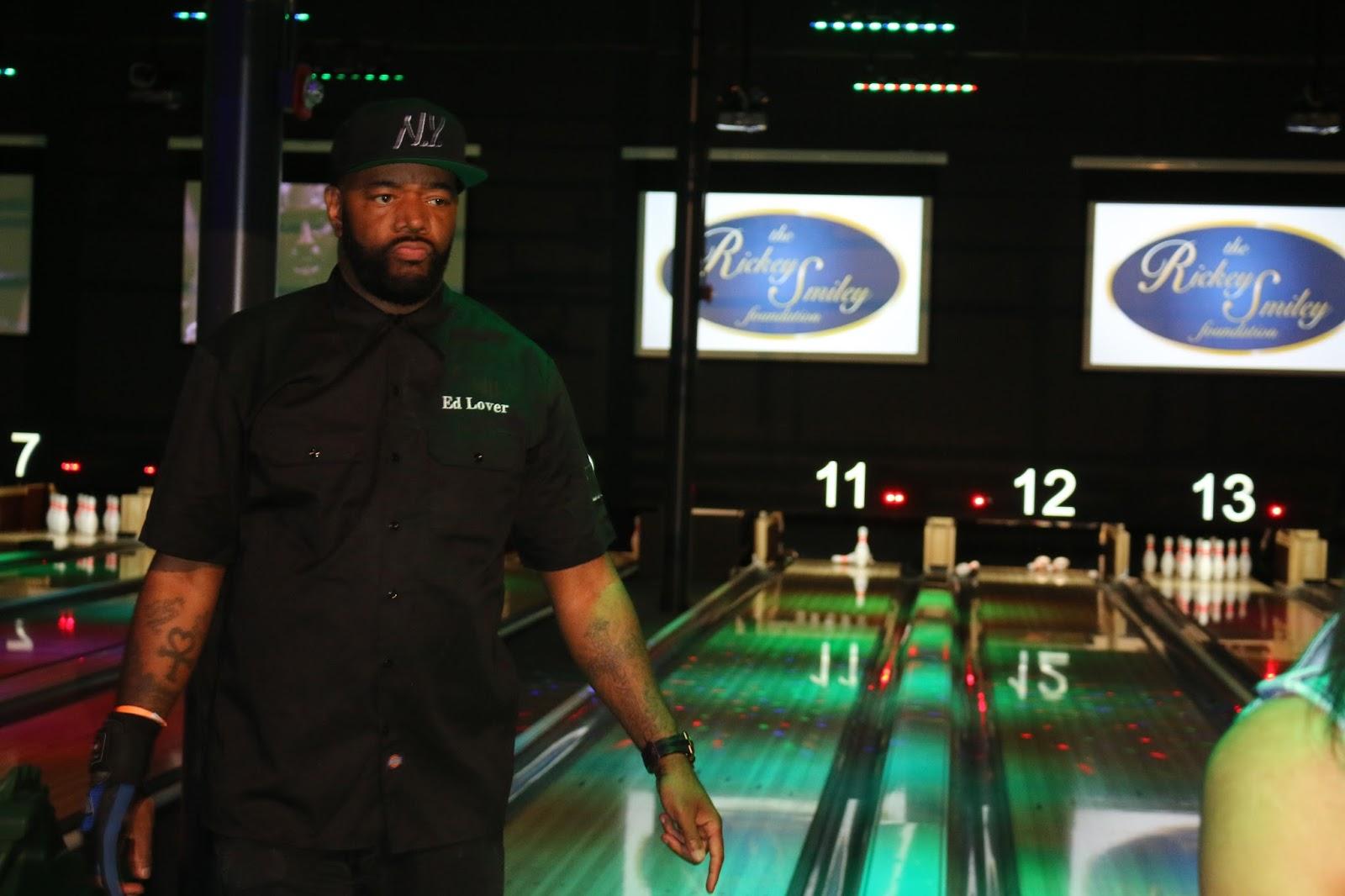 Stars & Strikes Celebrity Bowling & Poker Tournament - A ...