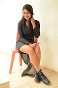 Neha deshpande new sizzling pics-thumbnail-5
