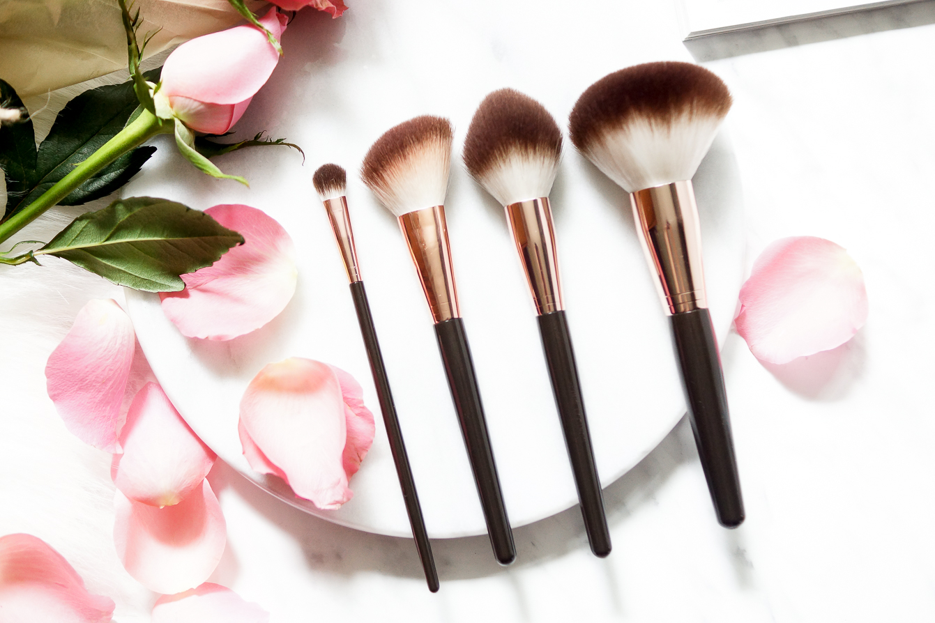 barely-there-beauty-blog-rosie-autograph-makeup-up-brushes