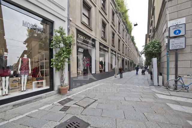 Immobiliare Santalfredo immobili commerciali, show room in locazione a Milano