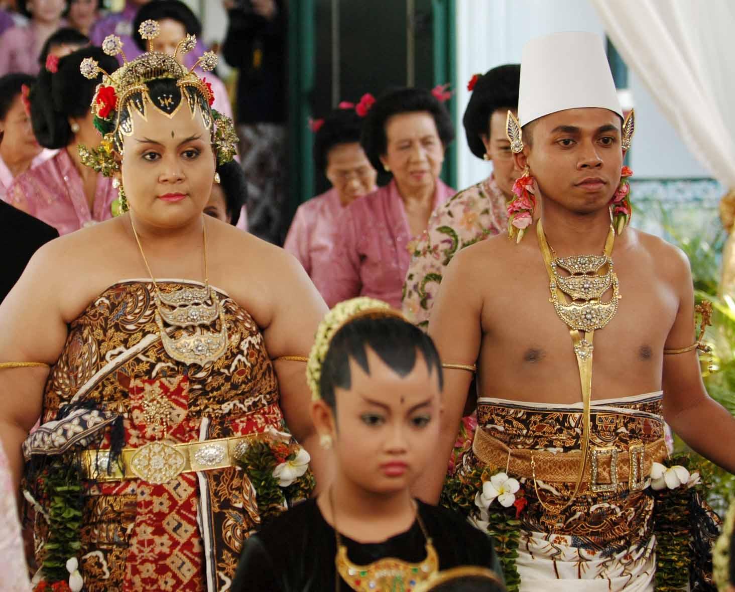 Pernikahan Adat Jawa Selly Dan Adit Di Yogyakarta: Upacara Pernikahan Kraton