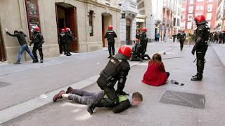 http://www.eldiario.es/norte/vientodelnorte/Vaya-tribu-kale_borroka-incidentes-Vitoria-STEE-Eilas_6_501559848.html