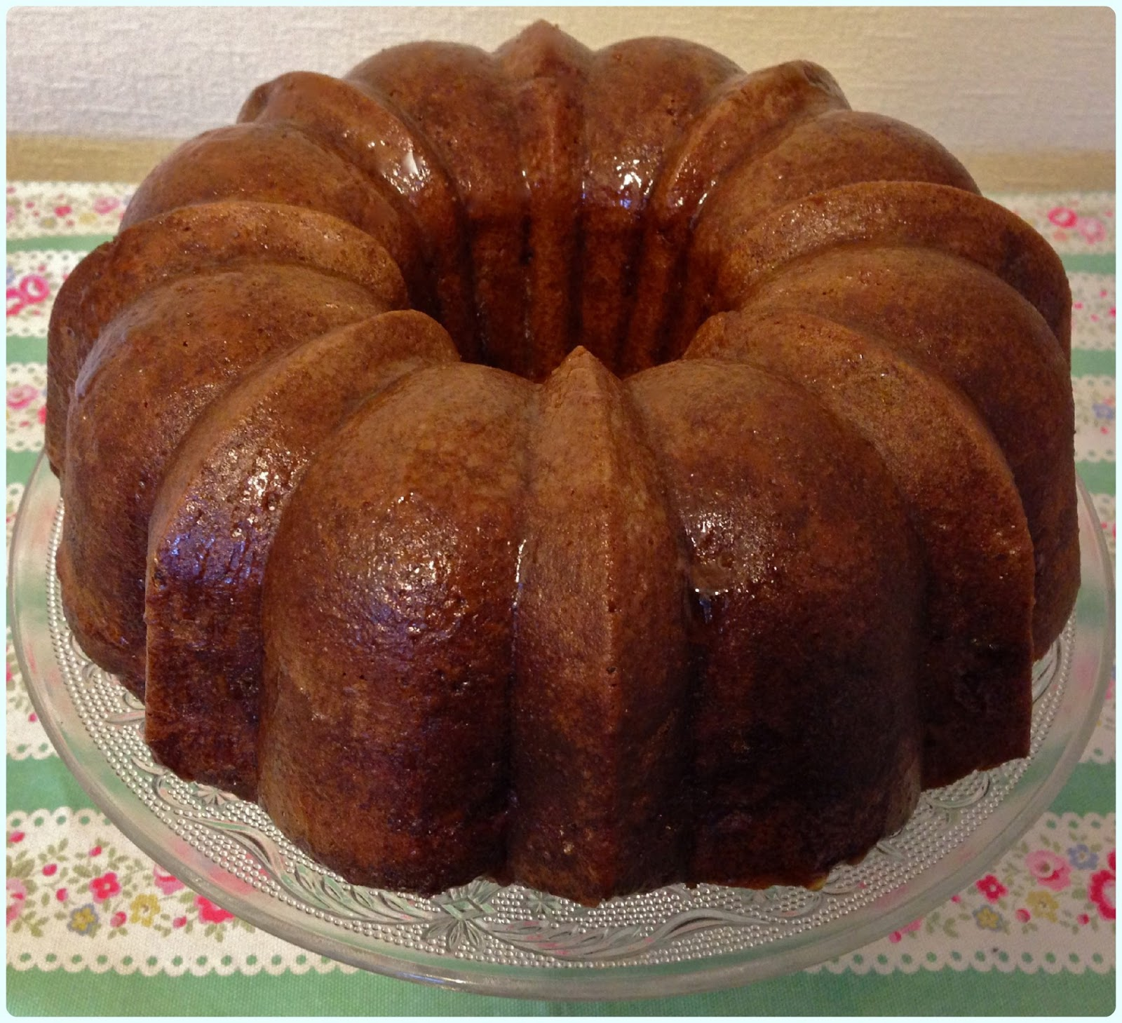 Apple Spice Bundt Cake With Cream Cheese Frosting