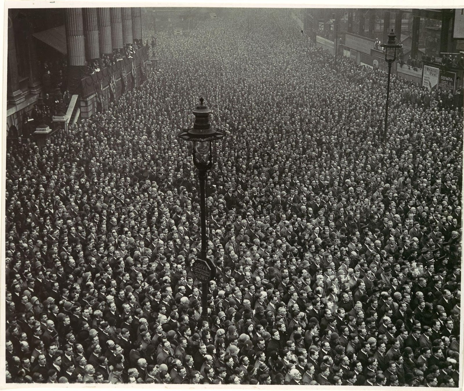 Two Minute Silence Armistice Day London 1919 Vintage