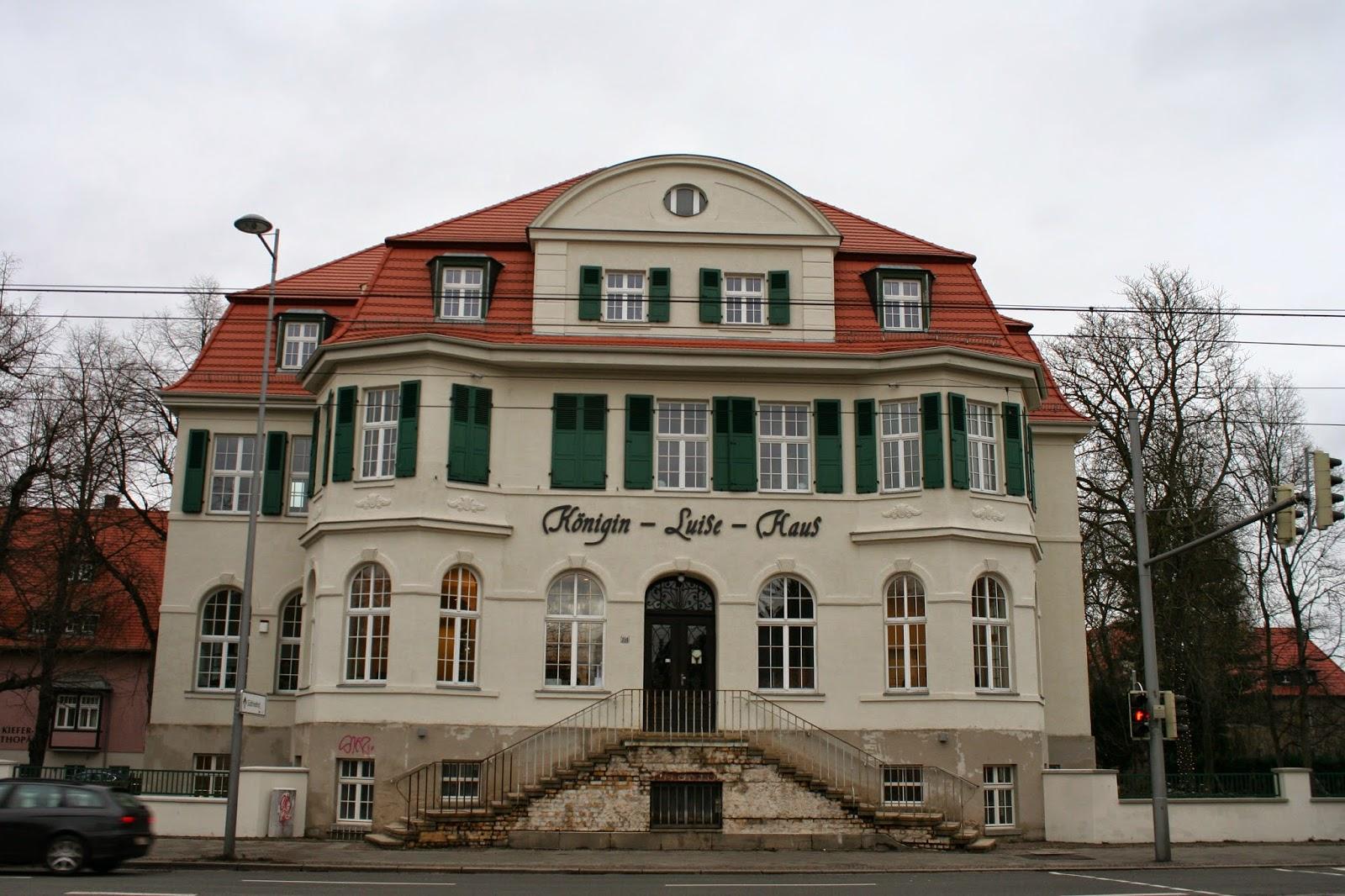 Haus Königin Der Nacht Platinmassivhausde