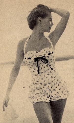 Women Vintage Photos - Juniper Gallery