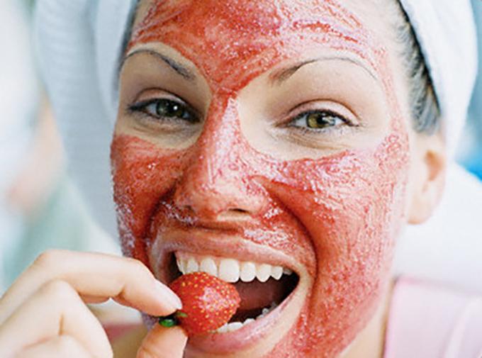 Máscara facial de morango