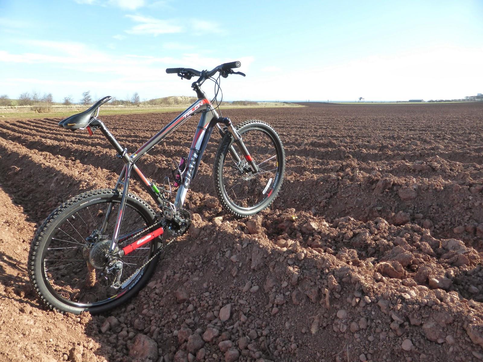 field bike jobs