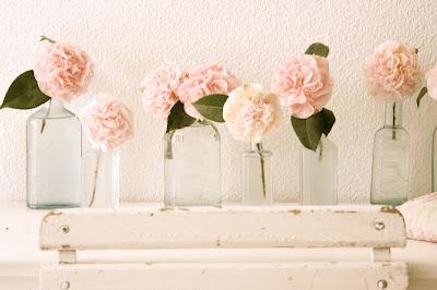 1 Flores em garrafas...!