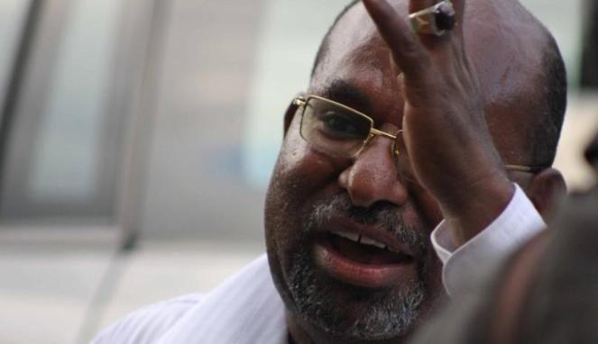 Tolak PDIP, Pigai Juga Ingatkan Lukas Enembe Waspada terhadap Jebakan Maut PDIP