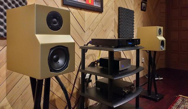Sistem 1: Simfoni BL 50 dan Speaker Gen1 Gold Series