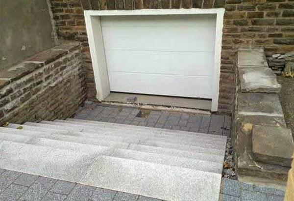 brico trash descente de garage sp ciale trial. Black Bedroom Furniture Sets. Home Design Ideas