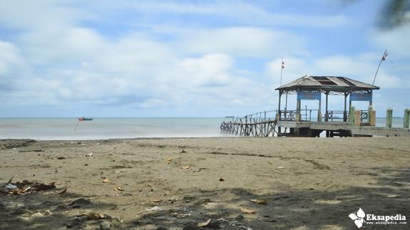 Objek Wisata Pantai Jawa Tengah