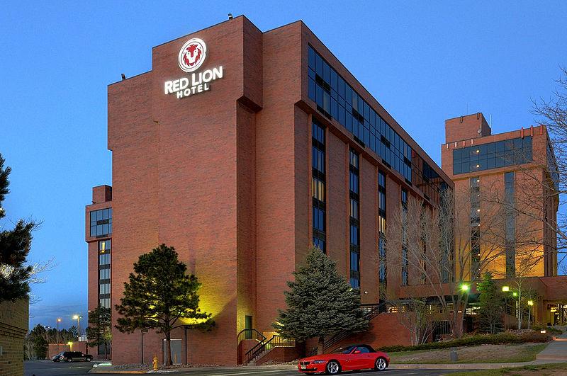 Red Lion Hotel Standard Room