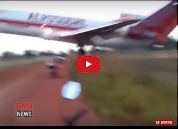 Momento en el que un avión colombiano se estrella