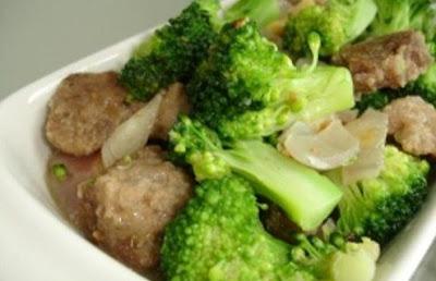 Resep Membuat Tumis Brokoli Dan Bakso Daging Sapi
