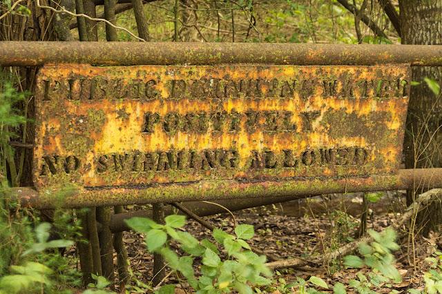 Unnecessary Sign, Smith Oaks Sanctuary