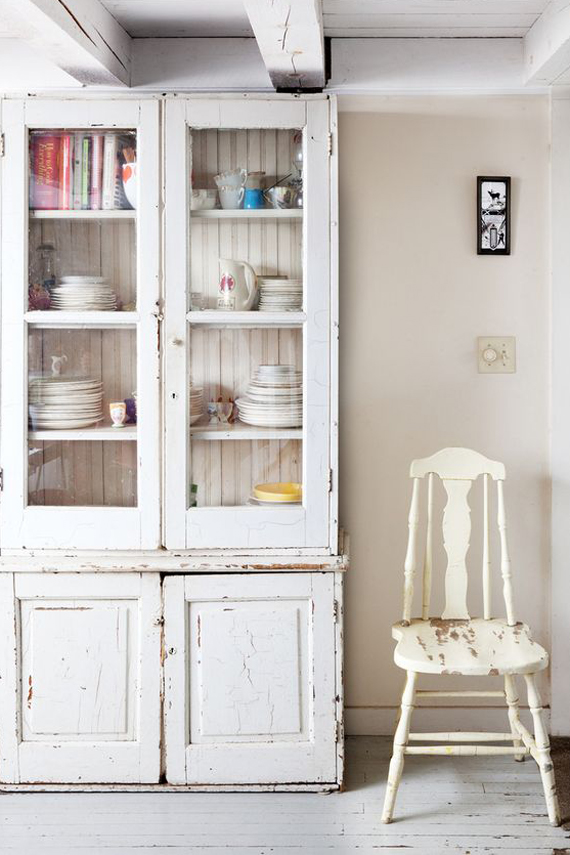 white painted furniture country style