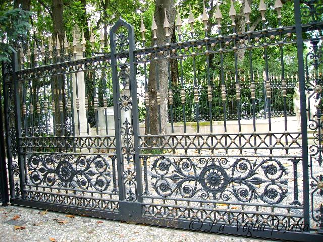 cancello di Villa Oleandra Laglio