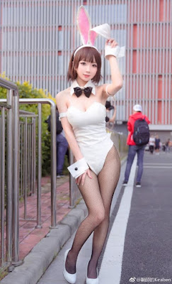 Cosplay sexy Megumi dengan Balutan Kostum Bunny