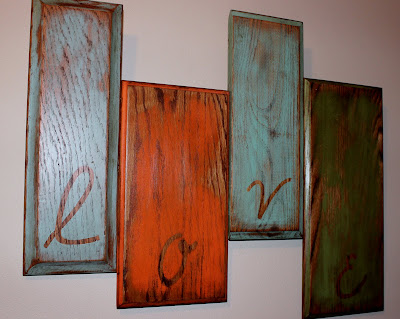 love art reclaimed wood http://bec4-beyondthepicketfence.blogspot.com/2011/08/love.html