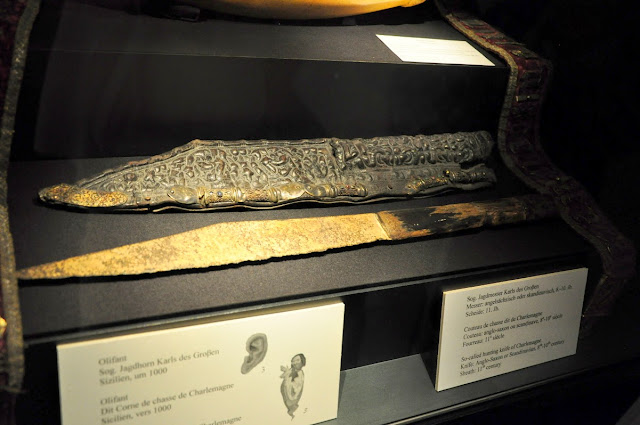 nóż (sax) Karola Wielkiego