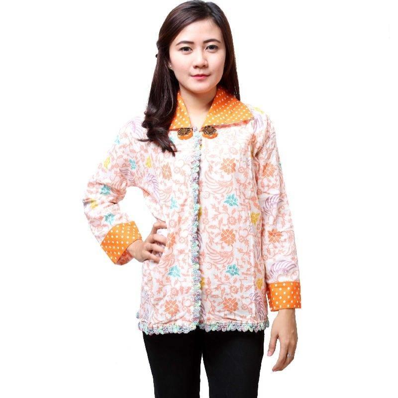 Gambar Baju Batik Kantor Wanita: 10 Baju Batik Wanita Kantor Lengan Panjang, Elegan!