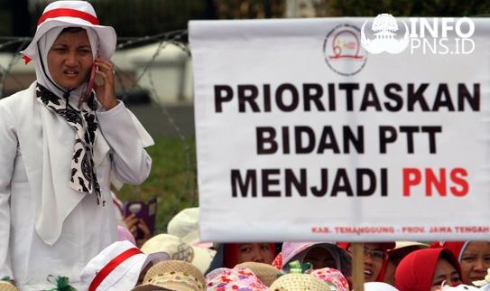 Kabar Gembira ! 4.153 Bidan PTT Segera diangkat CPNS