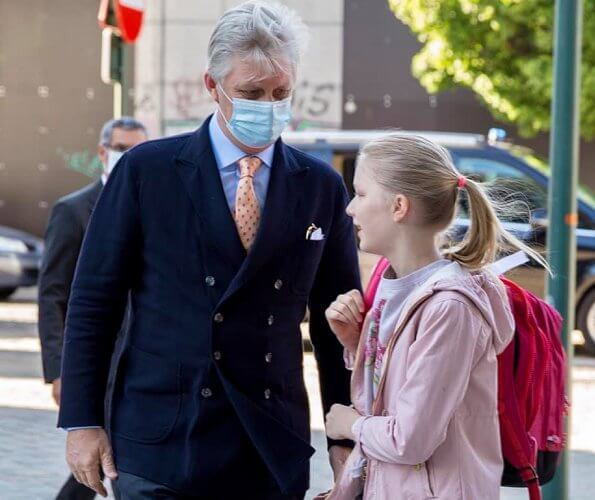 King Philippe and Princess Eleonore visited Sint-Jan Berchmans College. Princess Elisabeth and Queen Mathilde