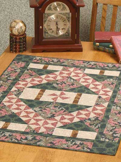 Pinwheel Path Table Topper designed by Sue Harvey of FreePatterns