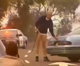 Se Vuela la Cabeza de un Escopetazo Frente a la Policia