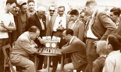 Torneo de Ajedrez de La Pobla de Lillet 1957, Partida Jaume Lladó-Maties de Llorens