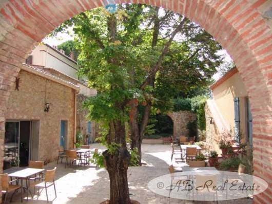 Romantic Hotel with independent main house in 19th Century authentic Catalan Mas For Sale in Perpignan area