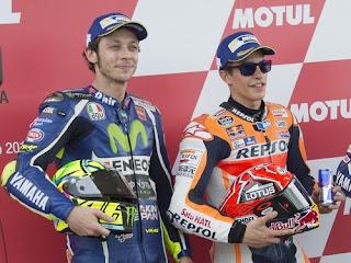 Pergantian Motor Jadi Antiklimaks Duel Marquez-Rossi