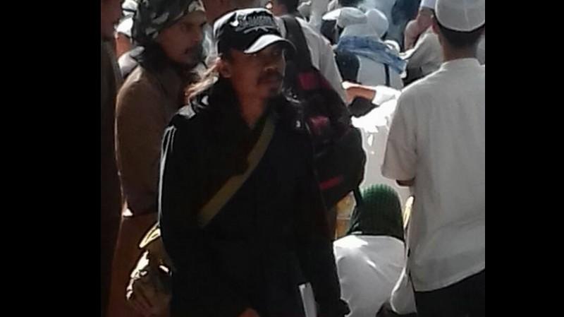 Topinya juga merupakan identitas Muslim Cyber Army