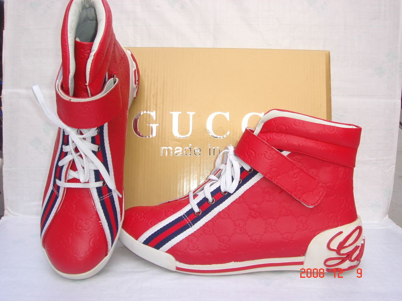 Fashion World: Gucci Shoes For Men High Tops