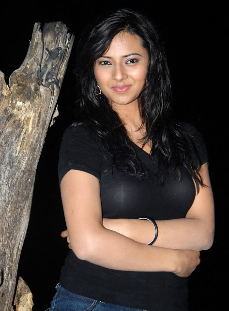 Isha Chawla Biography Profile Biodata Family Photos