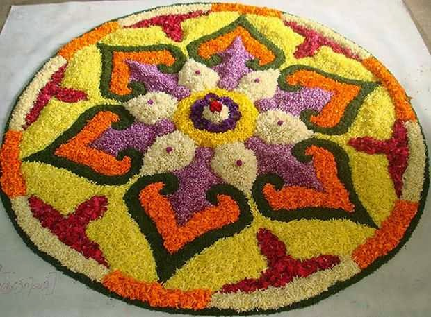 Rangoli Designs and Patterns with Lamps for Diwali 19