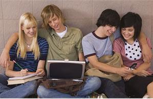 Facebook hace adolescentes blancos
