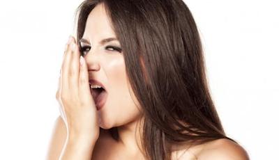 6 cara Cerdas Atasi Bau Mulut